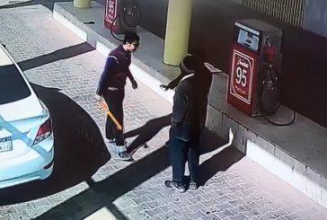 #شرطة_حائل تقبض على الشاب المعتدي على عامل المحطة (فيديو)
