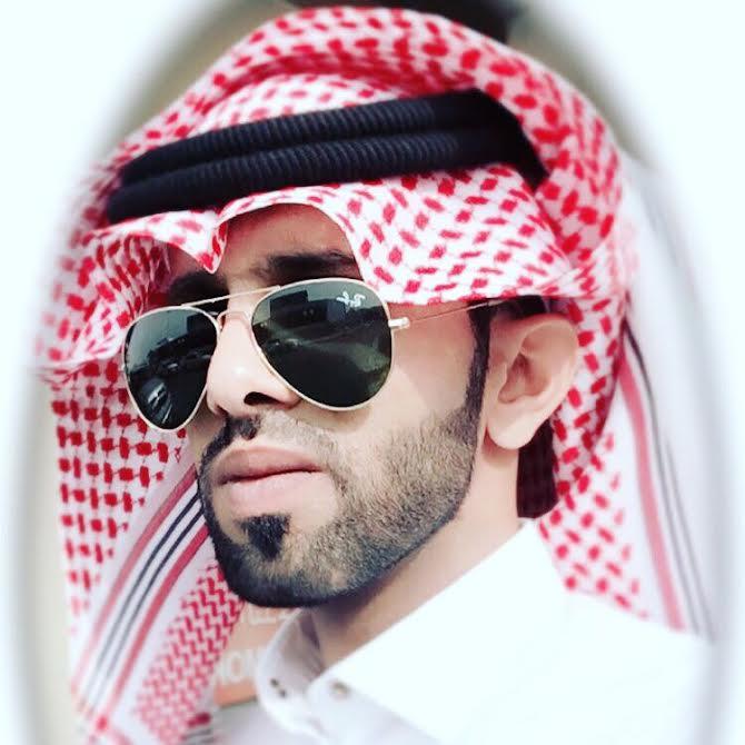 عبدالله يضئ منزل الأستاذ مقرن الغامدي