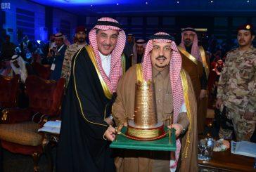 أمير الرياض يدشن مشروعات بمحافظتي القويعية والمزاحمية