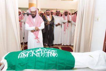 وكيل إمارة الباحة ينقل تعازي أمير المنطقة لذوي شهيد الواجب سالم بن علي العمري