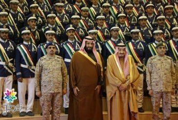 """بالصور ..""""تغطيات"""" توثق رعاية الملك سلمان حفل #كلية_الملك_فيصل_الجوية"""
