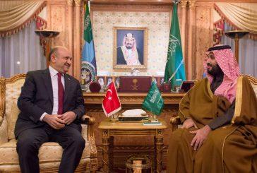 ولي ولي العهد يبحث مع وزير الدفاع التركي أوجه التعاون بين البلدين
