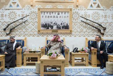 خادم الحرمين يستقبل ولي العهد بمملكة البحرين ووزير الدفاع الماليزي