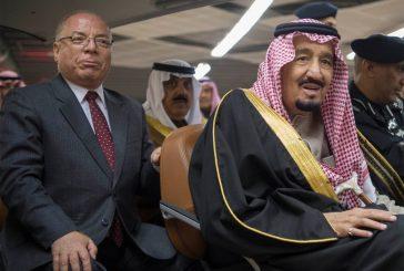 خادم الحرمين يفتتح أجنحة جمهورية مصر والجمارك ومؤسسة الملك عبدالله الإنسانية بالجنادرية