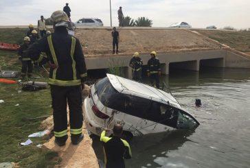 وفاة طفلين مع السائق إثر انقلاب مركبتهم في الرياض