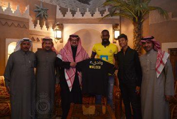 رسمياً.. وليد عبدالله يوقع مع النصر