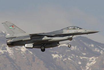 الحد الجنوبي ..سقوط طائرة أردنية في نجران ونجاة قائدها
