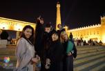 زائرات اجنبيات يشدن بتراث الوطن بالجنادرية