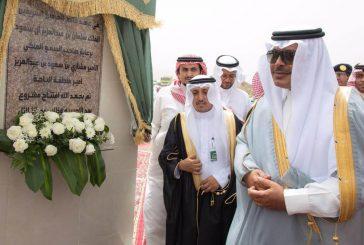 """أمير الباحة يدشن ويضع حجر الأساس لمشاريع المياه في""""المخواة وغامد الزناد"""" بمليار ريال"""