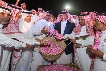 """سلطان بن سلمان بعد زيارة مهرجان"""" الورد"""" ترقبوا مشاريع لتطوير الطائف"""""""
