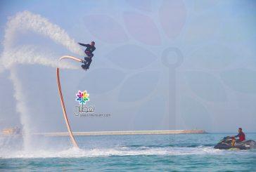 """بالصور..""""الألعاب المائية"""" بمهرجان الأسطول الشرقي تجذب أهالي الجبيل"""