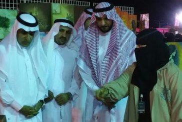الفنانات التشكليات تجذب زوار مهرجان تراث الشعوب