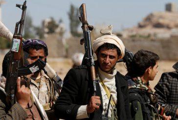 الحوثي يهدد بمنع التراويح في صنعاء ويغلق مكبرات الصوت