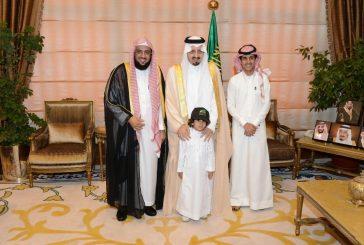 أمير عسير يطلع على مشروع روابي الخير التابع لجمعية البر بأبها