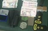 الرياض..ضبط مواطنين انتحلا صفة الأمن وسرقا نصف مليون ريال تحت تهديد السلاح