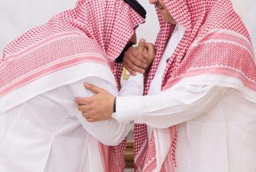 الأمير محمد بن نايف بن عبدالعزيز يبايع الأمير محمد بن سلمان بن عبدالعزيز وليا للعهد في قصر الصفا بمكة