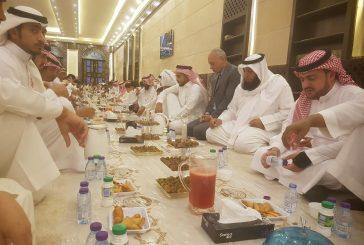 جامع الراجحي يقدم وجبات الافطار للصائمين والصائمات وينظم 30  محاضرة  للنساء