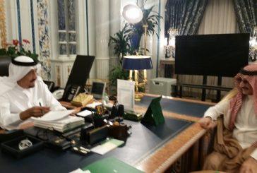 الوليد بن طلال يغرد بصورة حديثة تجمعه مع خادم الحرمين بمكتبه