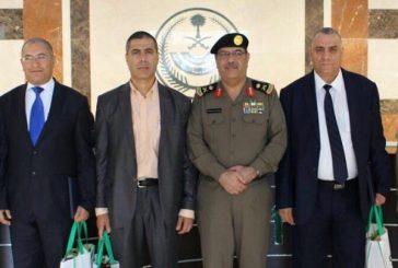 وفد أمني تونسي يزور مركز عمليات (٩١١)