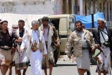 قادة ميليشيا الانقلاب الحوثية يكدسون الأموال في منازلهم والشعب تهدده المجاعة والكوليرا