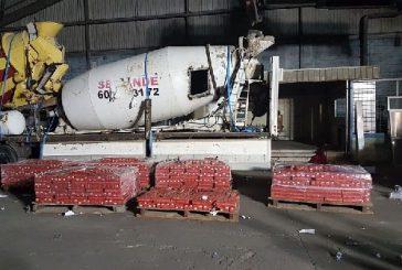 احباط محاولة تهريب قرابة 5 آلاف زجاجة خمر بميناء جدة الاسلامي