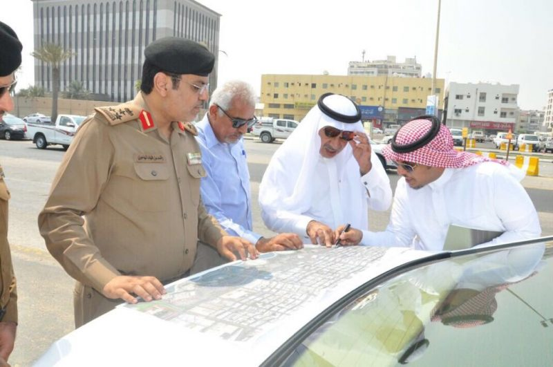 أمين الشرقية يتفقد الحركة المرورية في تقاطع طريق الملك عبدالله مع شارع الأمير تركي بالخبر