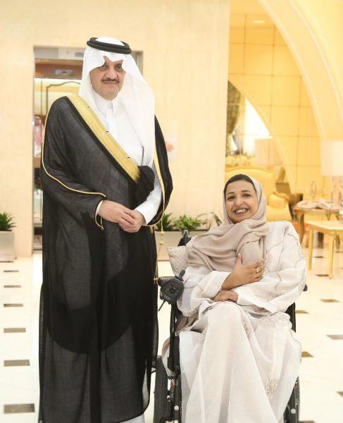 الأمير سعود بن نايف يستقبل صاحبة مبادرة «نور الهدى»