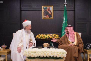 خادم الحرمين يستقبل المفتي الأعلى رئيس الإدارة الدينية المركزية لمسلمي روسيا