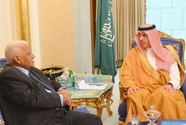 وزير الثقافة والإعلام يجتمع بنائب رئيس مجلس الوزراء وزير الإعلام السوداني