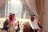 الأمير سعود بن ثنيان يقوم بزيارة عزاء للزميل الغامدي