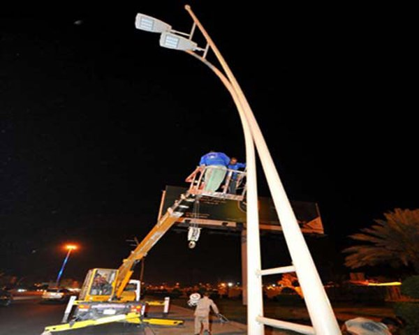 """أمانة الشرقية تعتزم تطبيق إنارة الشوارع بتقنية LED"""""""""""