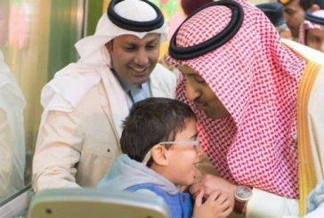 أمير الباحة يقدم دعماً سخياً لمركز الأطفال المعوقين