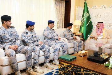 نائب أمير الشرقية يستقبل قائد حرس الحدود بالمنطقة الشرقية