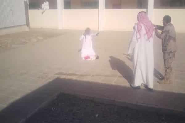 تبوك..إيقاف مواطناً هدد بقتل إبنه الرضيع في مقطع متداول(فيديو)