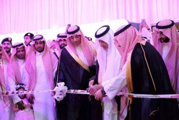 الأمير خالد الفيصل يدشن معرض كتاب جدة الدولي الثالث