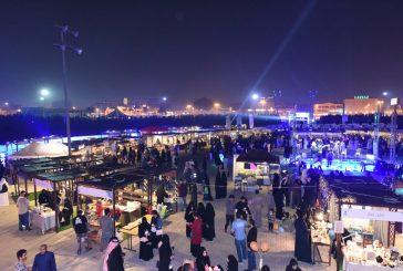 9 ألاف زائر لمعرض رواق بالواجهة البحرية بالخبر