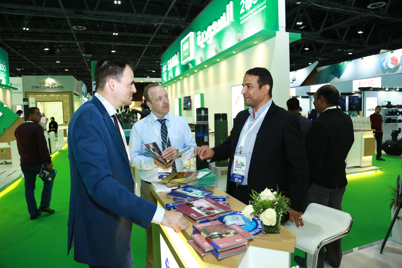 """اختتام فعاليات معرض """"الخمسة الكبار 2017"""" في دبي"""