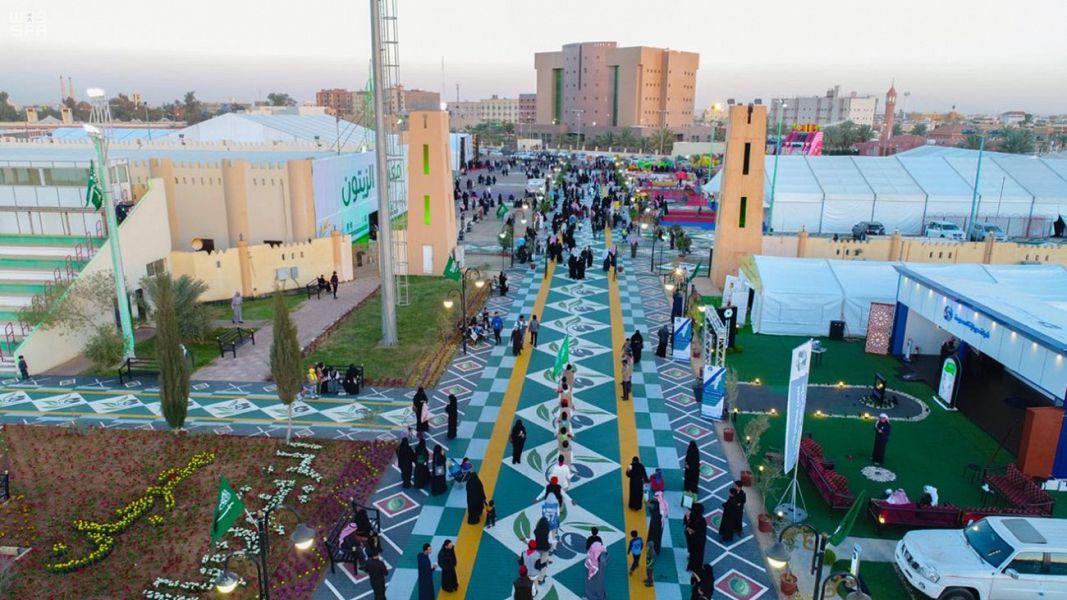 لوحة أرضية بحجم 12 ألف متر تزين مهرجان الزيتون بالجوف