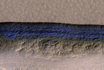 العثور على مصدر للمياه بسطح المريخ