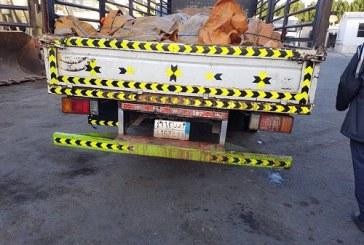 بلدية غرب الدمام تضبط سيارة تنقل 3 أطنان من الشحوم وأحشاء مجهولة المصدر