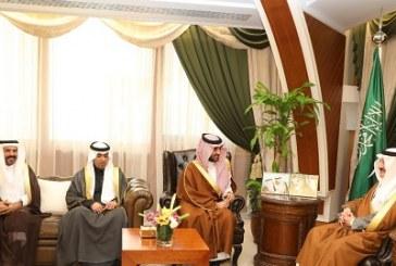 أمير الشرقية يهنئ الأمير عبدالعزيز بن تركي بفوزه بجائزة سباق دبي للتحمل