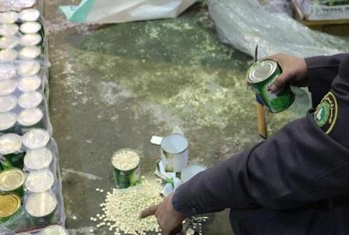 إحباط 4 محاولات لتهريب 1.3 مليون حبة «كبتاجون» بجمرك الحديثة