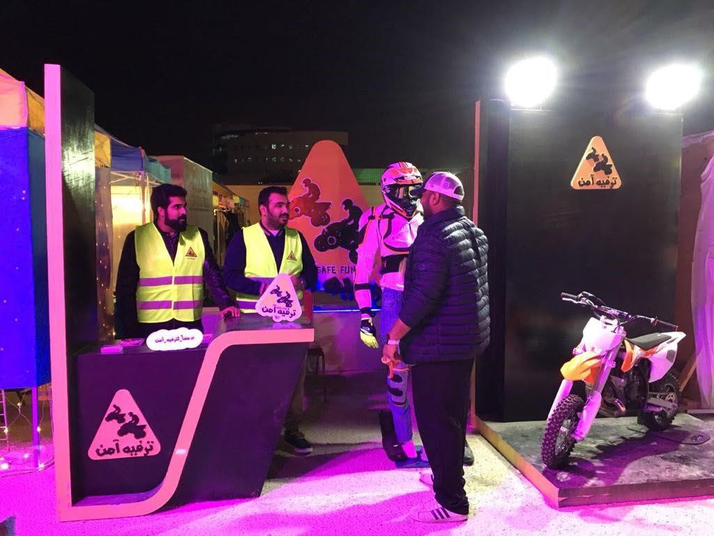 """35 متطوع من جامعة الامام عبد الرحمن ينهون 350 ساعة تطوعية للتعريف بأهمية """"القيادة الآمنة"""""""
