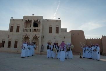 بيت الشرقية يستقبل العوائل بالعرضة السعودية