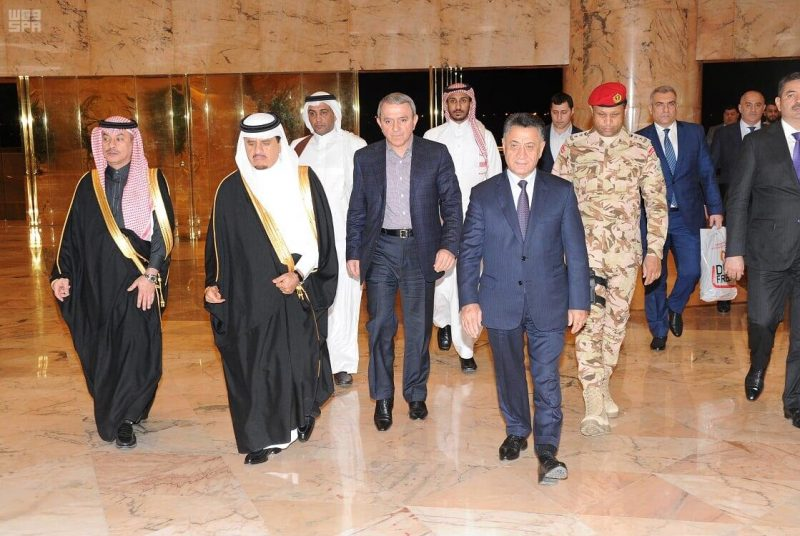 وزير الداخلية بجمهورية أذربيجان يصل إلى الرياض