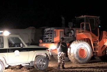 بلدية غرب الدمام تضبط 50 شاحنة تنهل الرمال وتطبق أقصى العقوبات بحق المخالفين
