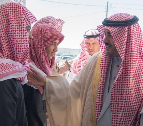"""وكيل إمارة الباحة يؤدي صلاة الميت على شهيد الوطن البطل """"عبدالله الزهراني"""""""