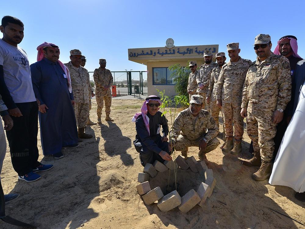 المؤسسة العامة للري تُطلق المرحلة الأولى من تشجير الحرس الوطني بالأحساء