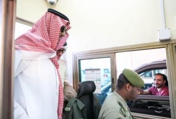 نائب أمير الشرقية يتفقد مرافق جسر الملك فهد