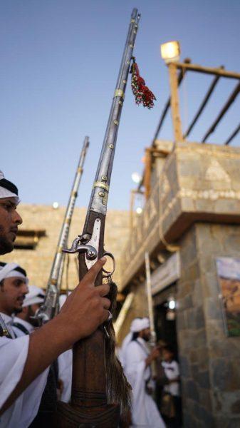 قرية الباحة التراثية تشهد إقبالاً كثيفاً من زوّار الجنادرية 32